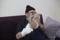 Taburcu Olan Ali Meşe, Kedisinden Bir An Olsun Ayrılmıyor