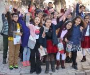 Turgutlu'da Ağaçlar Kitap Açtı