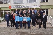 Vali İpek Erfelek'te Karne Dağıttı