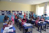 SÖMESTR TATİLİ - Vali Sonel'den 6 Bin Öğrenciye Satranç Takımı