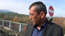 ŞİDDETLİ YAĞIŞ - Hasarlı Köprüden Tehlikeli Geçiş