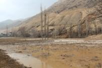 SAMANLıK - HES Kanalından Sızan Sular Evleri Bastı