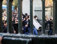 HÜKÜMET KARŞITI - İran'da ölü sayısı 20'ye çıktı