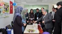 NEÜ'lü Gençler İlkokula Kütüphane Kurdu