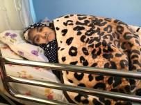 ÜNİVERSİTE HASTANESİ - Yürüyerek Gittiği Hastaneden Sedyeyle Çıktı