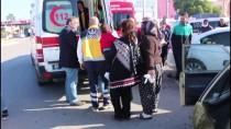 ÇUKUROVA ÜNIVERSITESI - Adana'da 2 Otomobil Çarpıştı Açıklaması 3 Yaralı