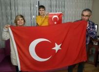 Afrin Harekatına Türk Bayraklı Destek Çığ Gibi Büyüyor