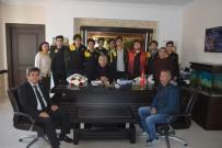 BEDEN EĞİTİMİ ÖĞRETMENİ - Bozyazı Anadolu Lisesi Voleybol Takımı Şampiyon Oldu