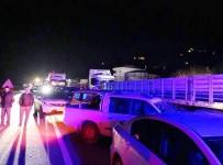 SAHİL YOLU - Giresun'da Feci Kaza Açıklaması Defalarca Üzerinden Geçtiler