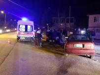DÜZCE ÜNİVERSİTESİ - Kırmızı Işık İhlali Yapan Sürücü Dehşet Saçtı...1'İ Hamile 7 Kişiyi Yaraladı