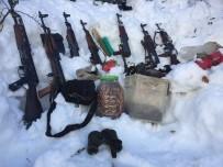 KALAŞNIKOF - Tunceli'de PKK'nın Silah Deposu Ele Geçirildi