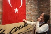 DOYRAN  - Türk Bayrağını İlmek İlmek İşledi