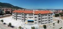 MÜZİK ODASI - Yeni Okullarına Karne Gününde Kavuştular