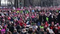 ABD'deki 'Kadınlar Yürüyüşü' Trump Karşıtı Gösteriye Dönüştü