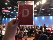 SOSYAL DEMOKRAT - Almanya'da, SPD'li Delegeler Koalisyona Yeşil Işık Yaktı
