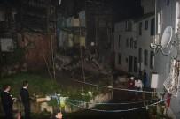 POLİS - Beyoğlu'nda Tarihi Binada Çökme Meydana Geldi