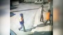 Çaldığı Paraları Kaçarken Düşüren Kapkaççı Güvenlik Kamerasında