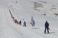 MİLLİ SPORCULAR - Çaldıran Kayak Merkezi Açıldı