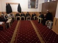 Cami Cemaati, Kur'an-I Kerim Öğreniyor