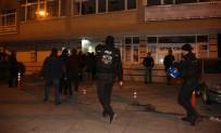 POLİS - Polisi Gören HDP'liler Kaçtı