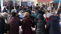 BALIK TÜRÜ - 'Van Balığı Şenliği'nde Ekmek Arası İnci Kefali Keyfi