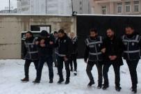 KAMU GÖREVLİSİ - Van'da 1.8 Milyon Liralık Vurgun Yapan Dolandırıcılar Tutuklandı
