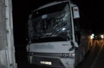 ZİNCİRLEME KAZA - Bilecik'te Zincirleme Kaza Açıklaması 22 Yaralı