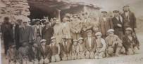CELAL DOĞAN - Bursa'dan Hakkari'ye 1954 Yılından Kalma Hatıra Fotoğrafı