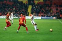 CÜNEYT ÇAKıR - Galatasaray'dan 2 Gol Var