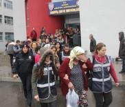 FUHUŞ - Katalog 'Conolar', 'Fuhuş Vaadiyle' 100 Kişiyi Gasp Etti