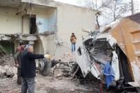 HAFRİYAT KAMYONU - Kaza Yapan Kamyon 15 Ay Sonra Evden Çıkartıldı