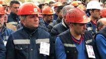 SERVİS OTOBÜSÜ - Kazada Ölen KARDEMİR İşçileri Defnedildi