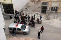 GENÇ OSMAN - Kilis'te Polis Evi Ve Valilik Konağı Yakınına 2 Roket Düştü