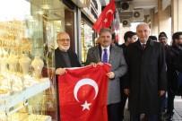 AK PARTİ İL BAŞKANI - Malatya'da 44 Bin Türk Bayrağı Dağıtıldı