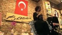 HULUSİ AKAR - Mehmetçik İçin 90 Bin 112 İlmekli Türk Bayrağı Ördü