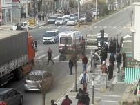 TIR ŞOFÖRÜ - Trafikte Tartıştığı Kişiyi Silahla Vurdu