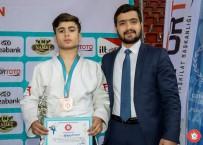 SERVET TAZEGÜL - Şanlıurfalı Judocu Türkiye 3.'Sü Oldu