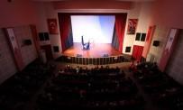 HÜSEYIN YARALı - Saruhanlı Belediyesinden Öğrencilere Sirk Gösterisi