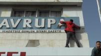 ABDURRAHMAN BULUT - Skandal Başlık Sonrası Gazeteye Öfke Yağıyor