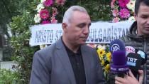 NAİM SÜLEYMANOĞLU - Stoichkov'dan Naim Süleymanoğlu'nun Kabrine Ziyaret
