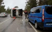ADıGÜZEL - Yolcu Otobüsü Devrildi Açıklaması 24 Yaralı