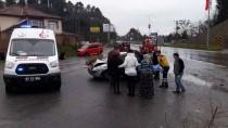 KADER - Zonguldak'ta Trafik Kazası Açıklaması 3 Yaralı
