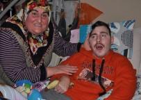 GÜLSÜM KABADAYI - Ailesi Yıllardır Bulunamayan Umut'tan Acı Haber