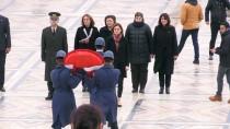 Canan Kaftancıoğlu - CHP'li Kadın Başkanlardan Anıtkabir'e Ziyaret