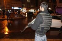 DİYARBAKIR EMNİYET MÜDÜRLÜĞÜ - Diyarbakır'da 600 Polisle Uygulama