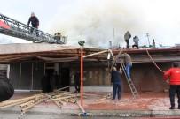 ÇATI KATI - Erzincan'da Yangın Paniği