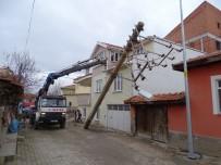 ELEKTRİK HATTI - Hisarcık'ta Görüntü Kirliliği Ortadan Kaldırılıyor