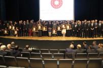 KONYA VALİSİ - Konya'da Şehit Aileleri Ve Gazilere Devlet Ödünç Madalyaları Verildi