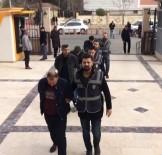 SAHTE POLİS - Polis Kılığına Giren 3 Kişi Yakalandı