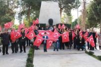 EGE ÜNIVERSITESI - Sağlıkçılardan Mehmetçik'e dua